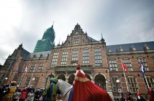 Typisch stadsbeeld: de intocht van Sint Nicolaas!